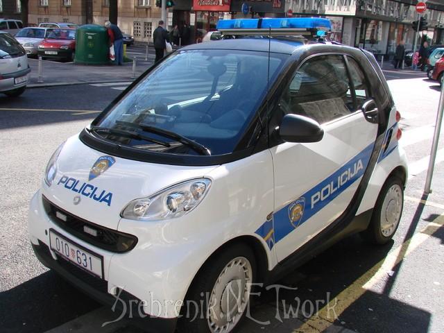 Policijski auti 19636