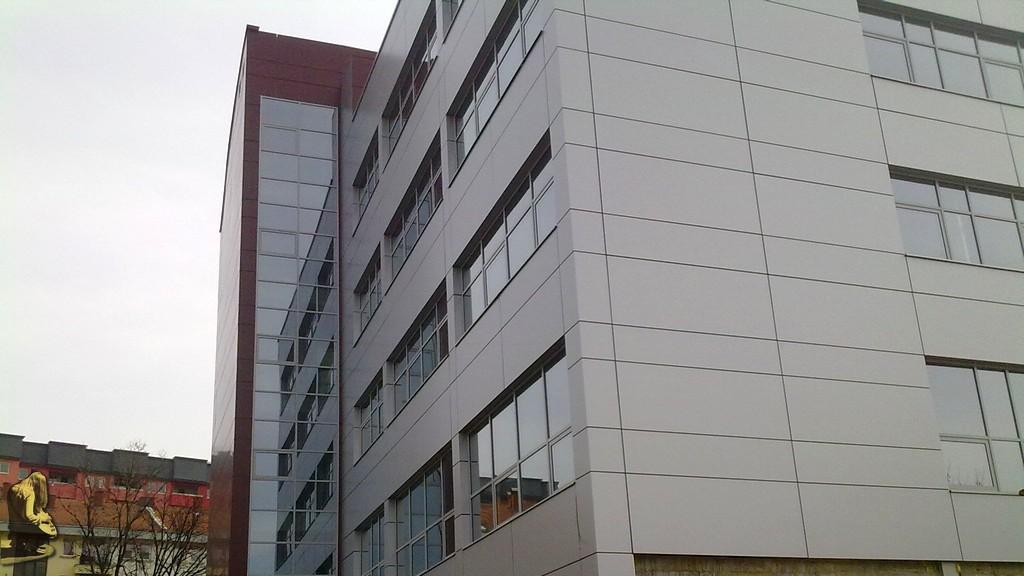 10 novih slika nove opcinske zgrade u Srebreniku