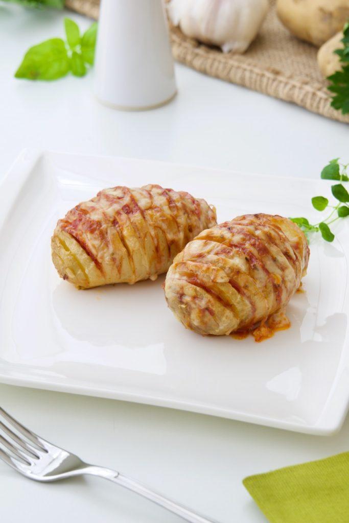 Hasselback krumpiri
