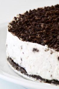 Poslužiti Oreo cheesecake i uživati u svakom zalogaju!