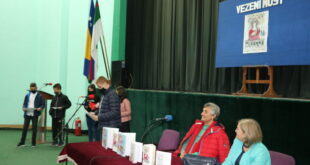 """Festival """"Vezeni most"""" – druženje pisaca i učenika u Srebreniku"""